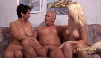 Lesbian Christmas special with Ariella Ferrera